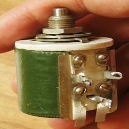 мощный переменный резистор ППБ вид на контакты