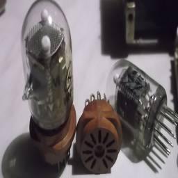 лампы индикаторные ИН2 с панельками