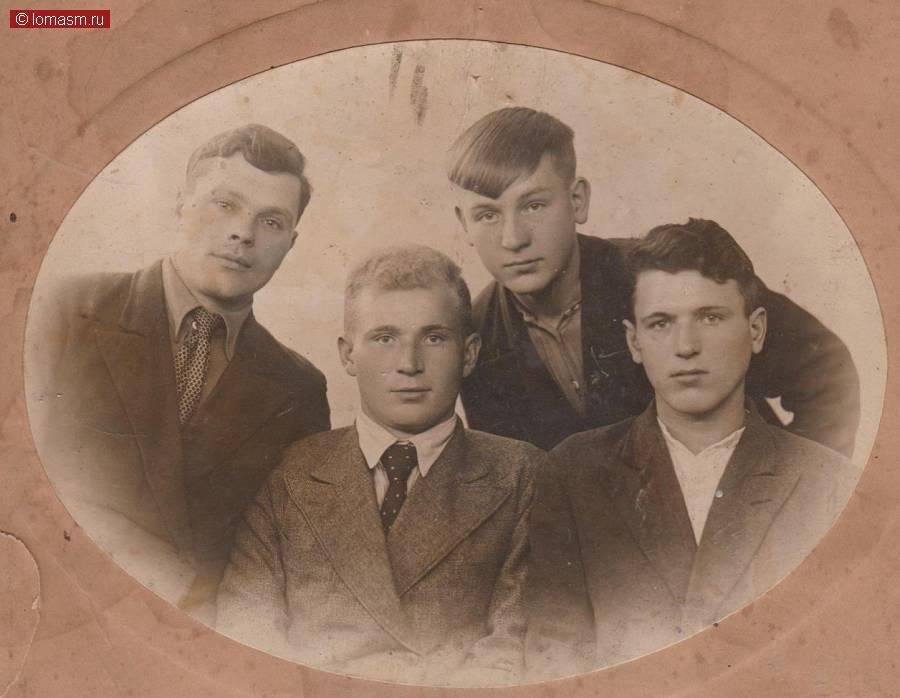 История моей семьи тесно связана с историческими событиями в стране,  в моей семье есть люди, о которых следует знать будущим поколениям.
