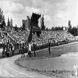 60. стадион смена на дземгах.jpg