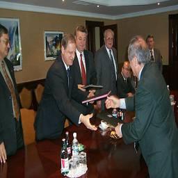 """Подписание соглашения о сотрудничестве между РАО """"Газпром"""" и """"Франс де Газ"""""""