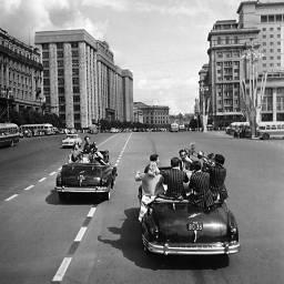 Михаил Трахман «Фестиваль молодежи и студентов. На улицах Москвы», 1957