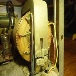 силовой трансформатор  с вращающейся катушкой (ТВК)