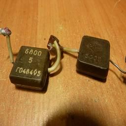 конденсатор 500В 6800