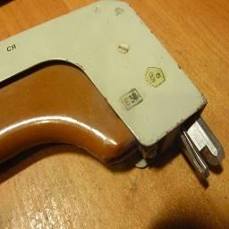 Инструмент для извлечения блоков из шкафов ЭВМ