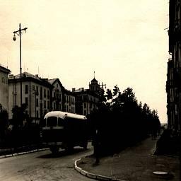 это улица Орджоникидзе точка съемки угол дома  пионерская №13 в направлении проспект Мира(Сталина)