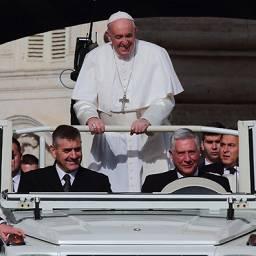 Понтифик сказал, кто он такой, чтобы судить геев и встал при этом на их защиту. Очередной акт отступничества?