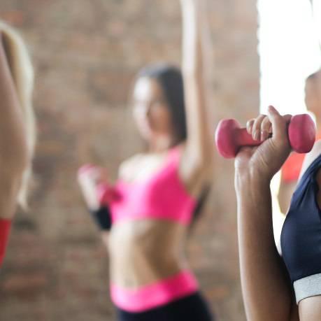 В желании похудеть, часты случаи, когда, выбрав ту или иную диету, люди не задумываются о ее влиянии на организм, да и на здоровье в целом.